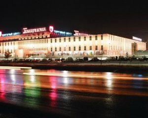 Прокладка звуковых линий, монтаж колонок под потолком по периметру зала в ТЦ «Башкортостан»